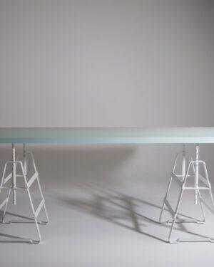 TABLE BOARD DOUBLE SIDE WHITE-LIGHT BLUE