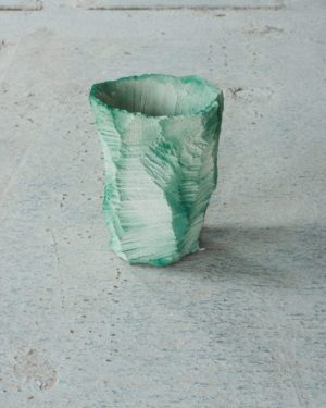 Flowerpot - From the collection Artificial nature