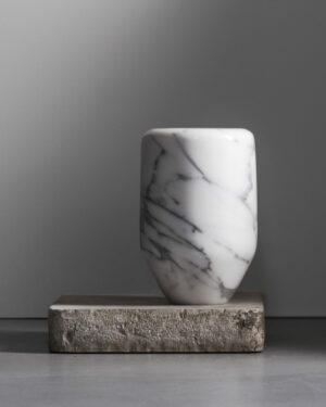 Vaso Carrara large, marble edition